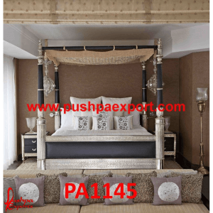 Modern Style Carved Silver Bed
